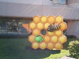 Android Honeycomb Statue
